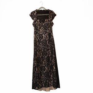 Betsy & Adam Black Lace High Low Gown Sz 8
